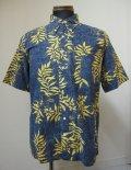 はんてん(Hangten)ハイビスカス模様ボタンダウン半袖シャツ-NAVY